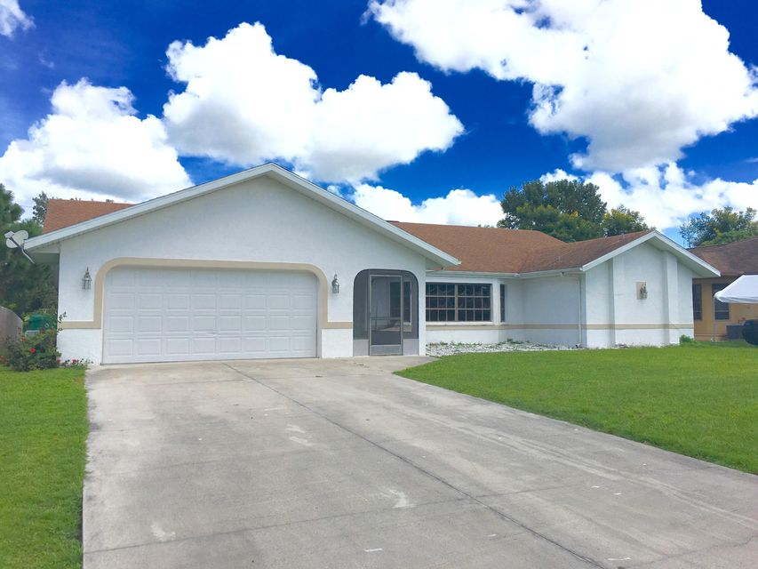 23122 Maclellan Avenue, Port Charlotte, FL 33980