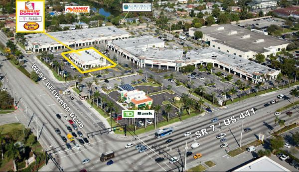 Commercial / Industrial للـ Rent في 1 N State Road 7 1 N State Road 7 Plantation, Florida 33317 United States