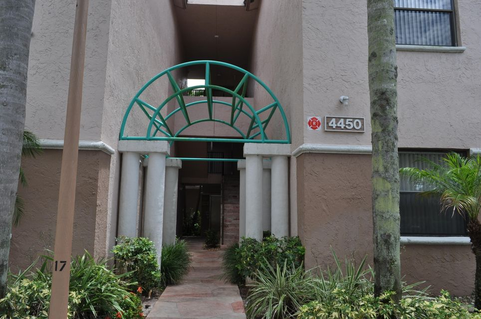 Co-op / Condo for Sale at 4450 NW 30th Street Coconut Creek, Florida 33066 United States