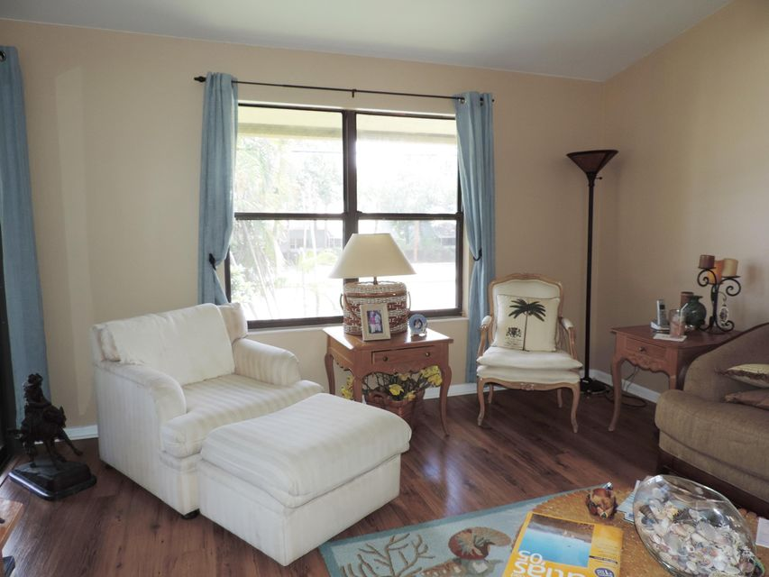 13045 Albright Court 12 Wellington Fl 33414 Rx 10267537 In Sheffield Woods At Wellington Condo