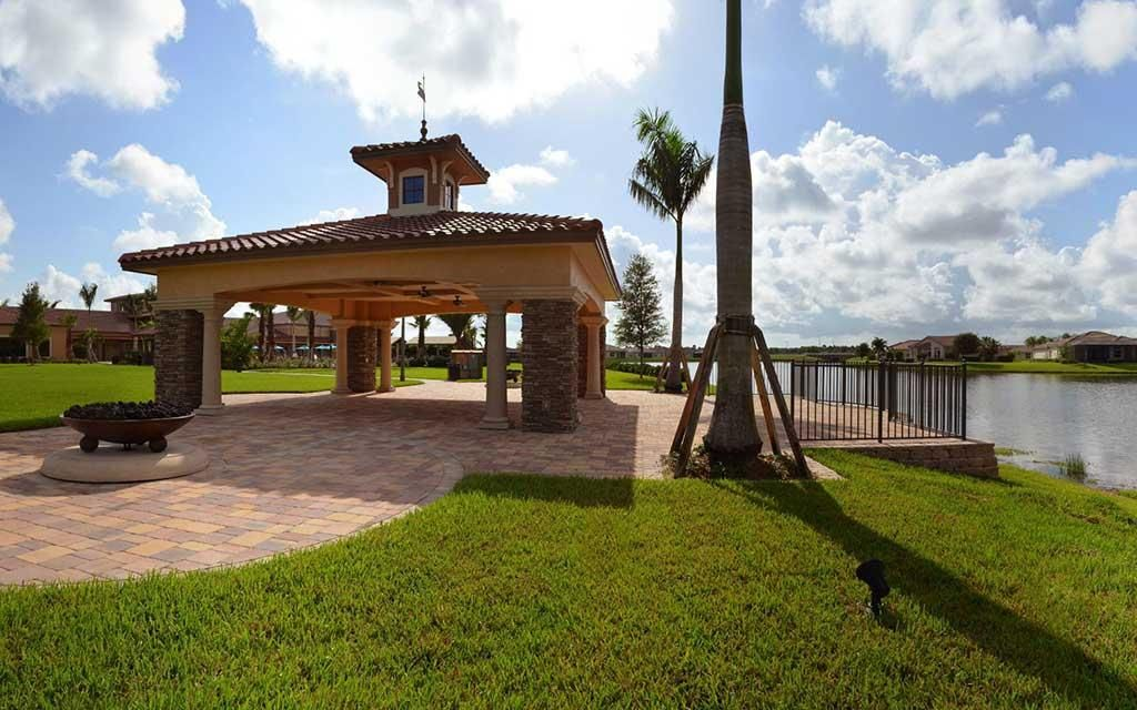 Additional photo for property listing at 10263 SW Yellowwood Avenue  Port St. Lucie, Florida 34987 United States