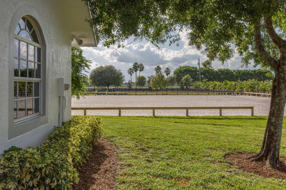 Additional photo for property listing at 14190 Palm Beach Point Boulevard  Wellington, Florida 33414 United States