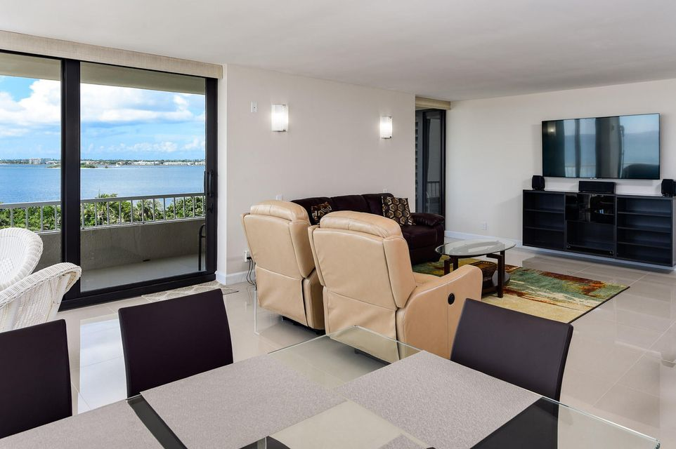 Additional photo for property listing at 5540 N Ocean Drive 5540 N Ocean Drive Singer Island, Florida 33404 United States