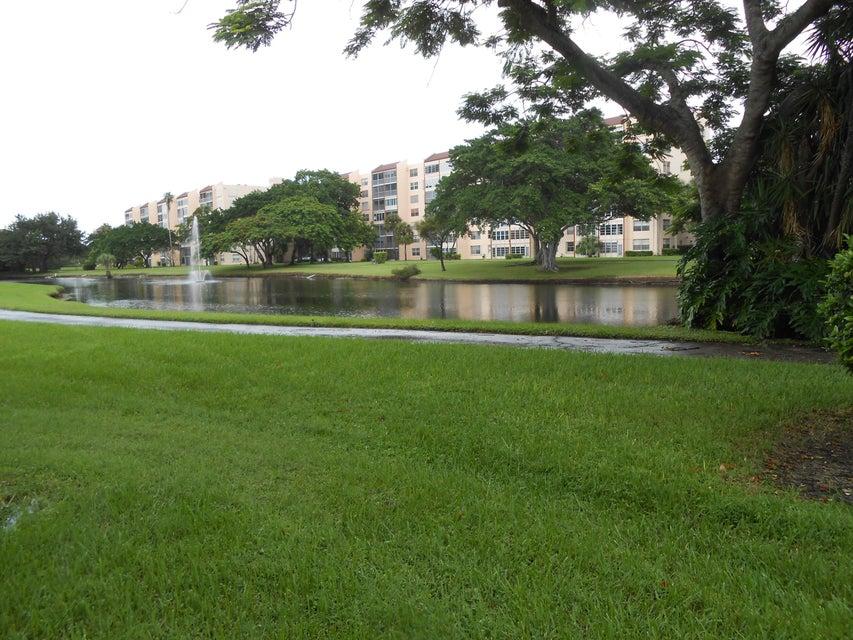 32 Abbey Lane 103, Delray Beach, FL 33446