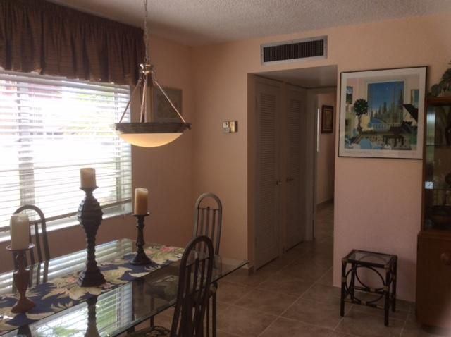Additional photo for property listing at 617 Flanders M  Delray Beach, Florida 33484 Estados Unidos