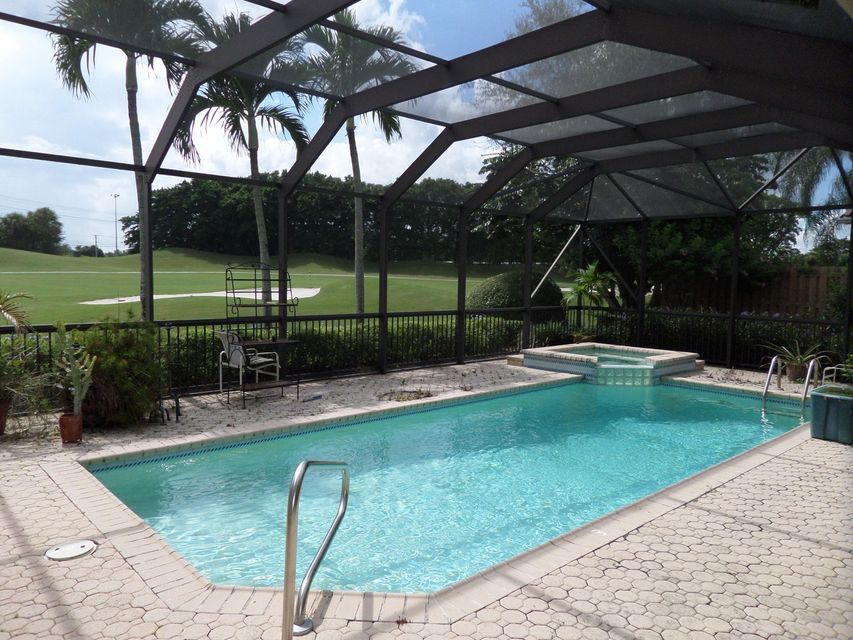 10158 Dover Carriage Lane, Wellington, FL 33449