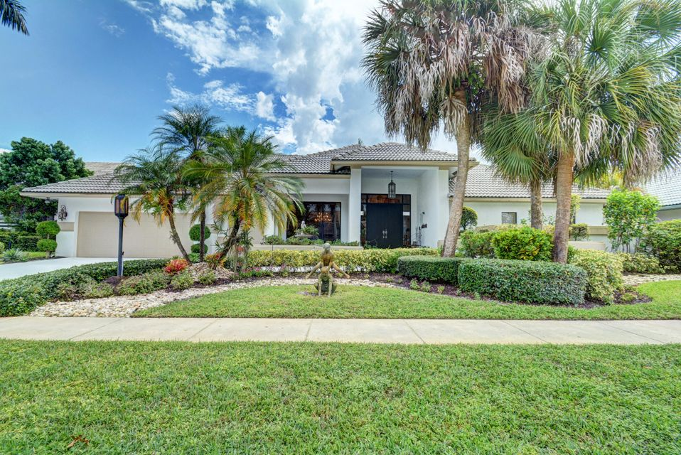 Single Family Home for Sale at 10734 Stonebridge Boulevard 10734 Stonebridge Boulevard Boca Raton, Florida 33498 United States