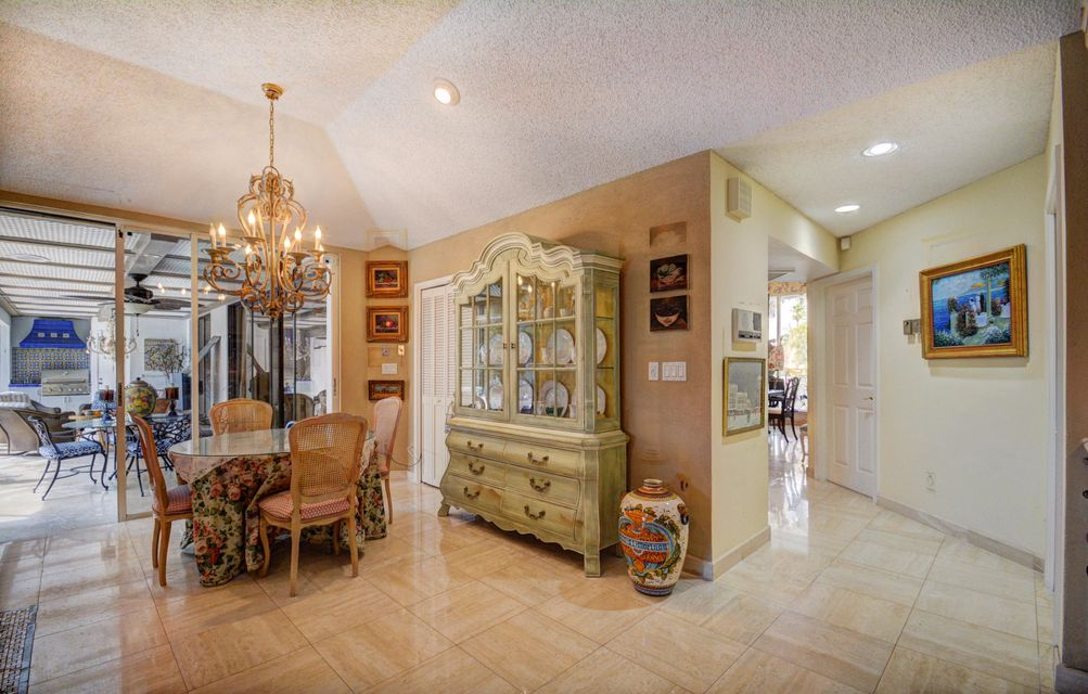 Additional photo for property listing at 10734 Stonebridge Boulevard 10734 Stonebridge Boulevard Boca Raton, Florida 33498 Vereinigte Staaten