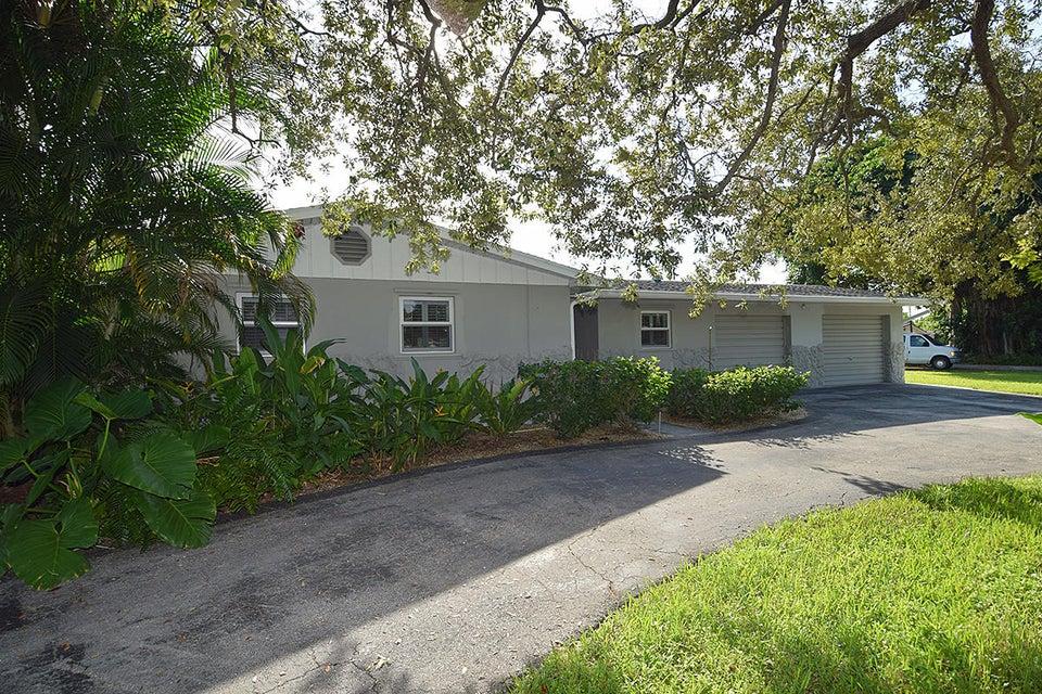 707 SE Parkway Drive, Stuart, FL 34996
