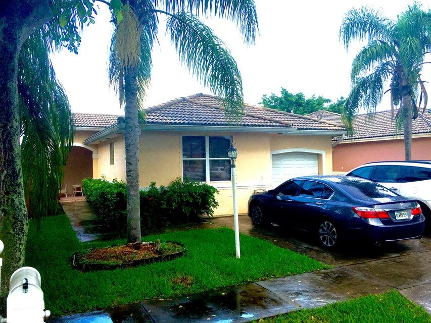 7106 SW 161st Place, Miami, FL 33193