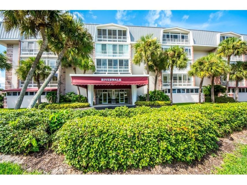 Co-op / Condo for Sale at 4601 Highway A1a 4601 Highway A1a Vero Beach, Florida 32963 United States