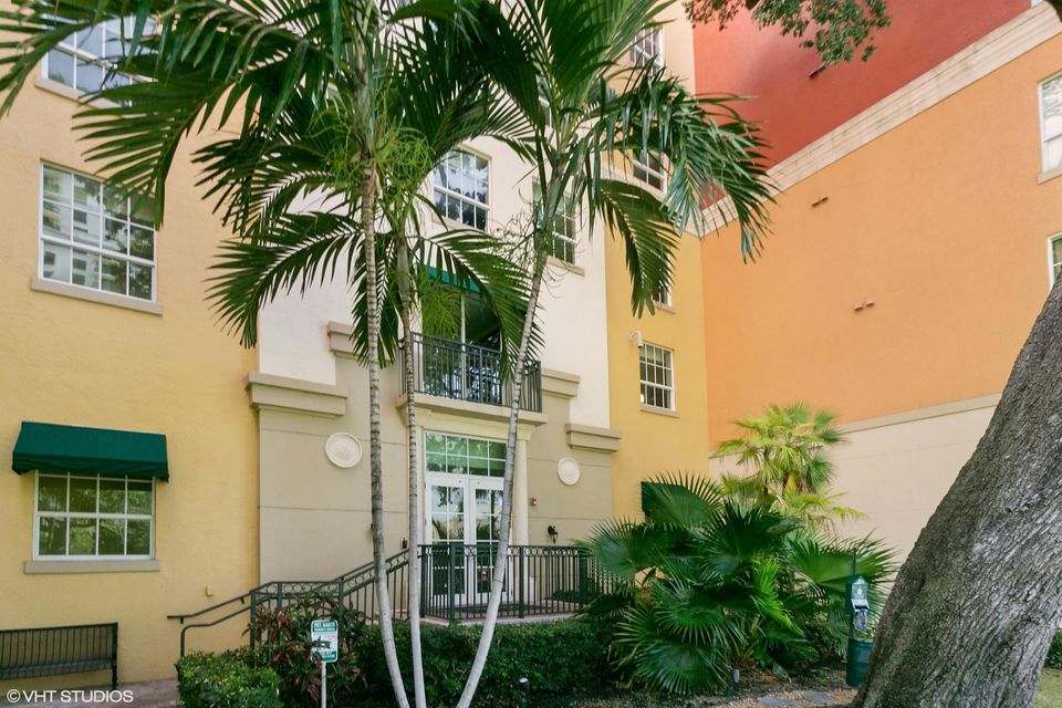 Additional photo for property listing at 600 S Dixie Highway  West Palm Beach, Florida 33401 Vereinigte Staaten