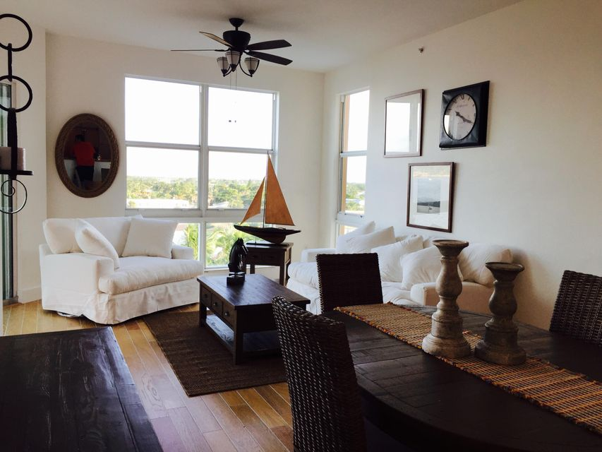 Co-op / Condominio por un Alquiler en 806 E Windward Way E Lantana, Florida 33462 Estados Unidos