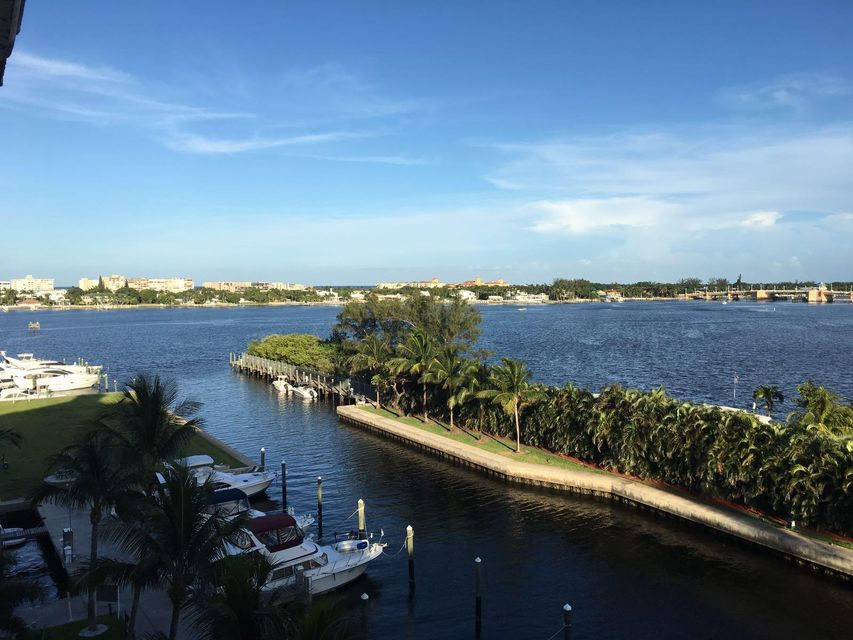 Additional photo for property listing at 806 E Windward Way E 806 E Windward Way E Lantana, Florida 33462 Vereinigte Staaten