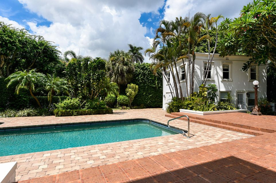 Additional photo for property listing at 142 S County Road 142 S County Road Palm Beach, Florida 33480 United States