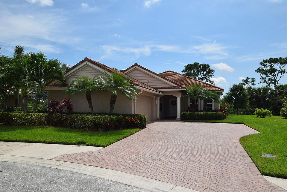 4159 NW Burr Oak Court, Jensen Beach, FL 34957