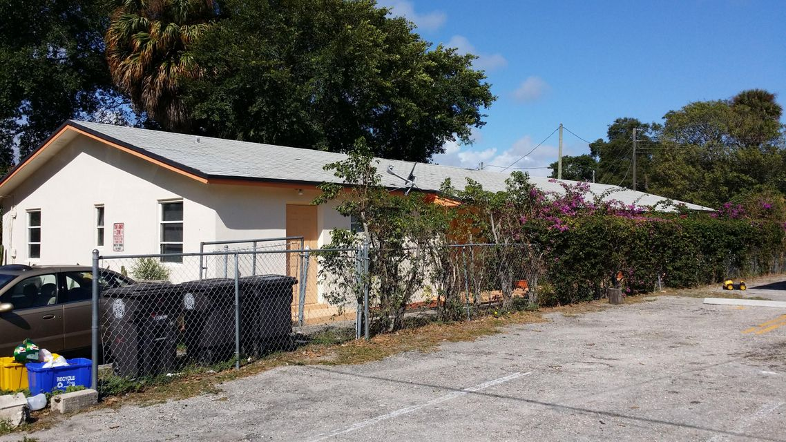 916 4th Street 1  West Palm Beach, FL 33401