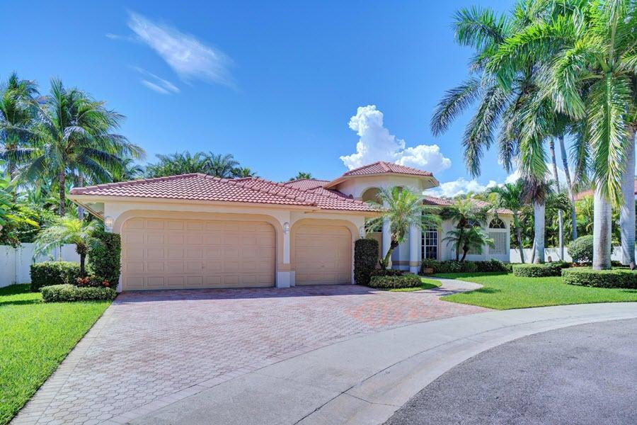 770 NE Bay Cove Street, Boca Raton, FL 33487