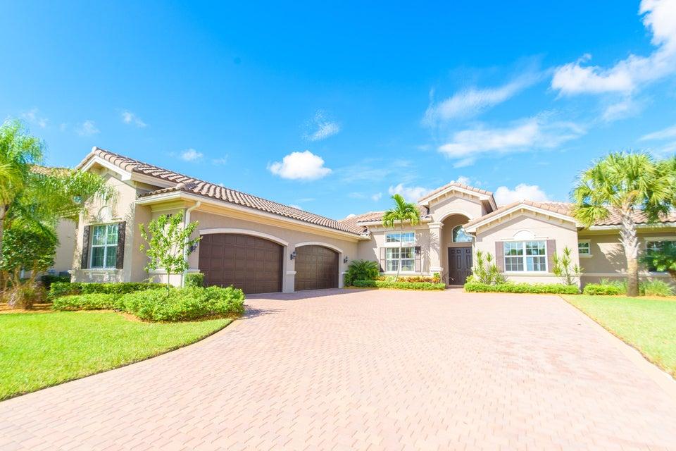 7685 Maywood Crest Drive, West Palm Beach, FL 33412