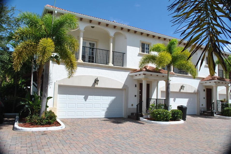 Casa unifamiliar adosada (Townhouse) por un Venta en 816 Prosperity Farms Road 816 Prosperity Farms Road North Palm Beach, Florida 33408 Estados Unidos