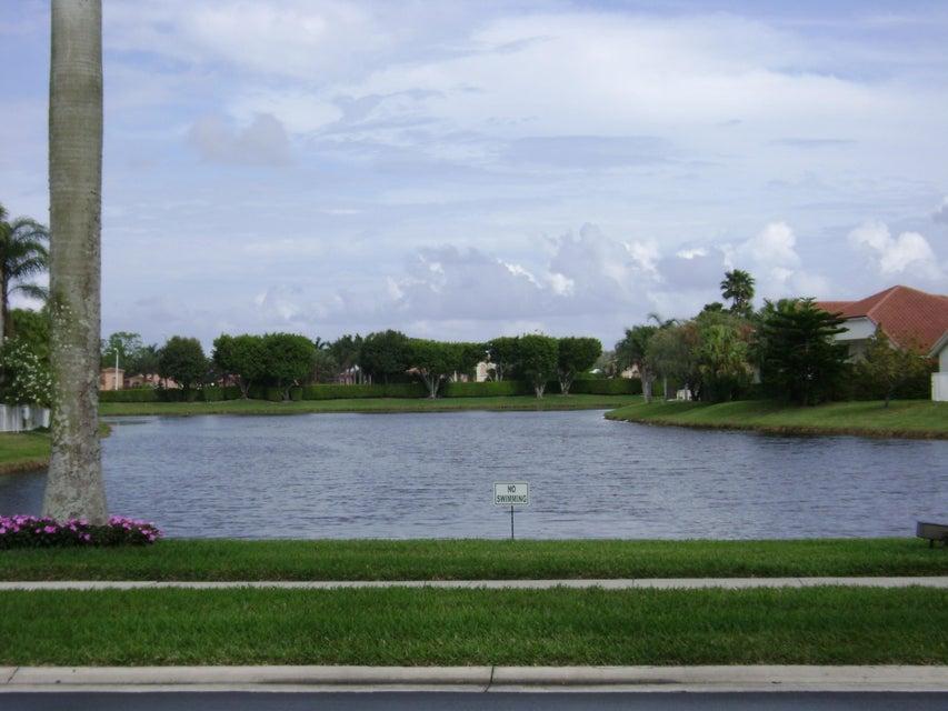 6694 Newport Lake