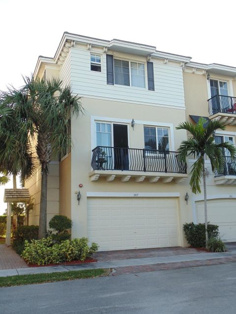 587 NW 35th Place, Boca Raton, FL 33431