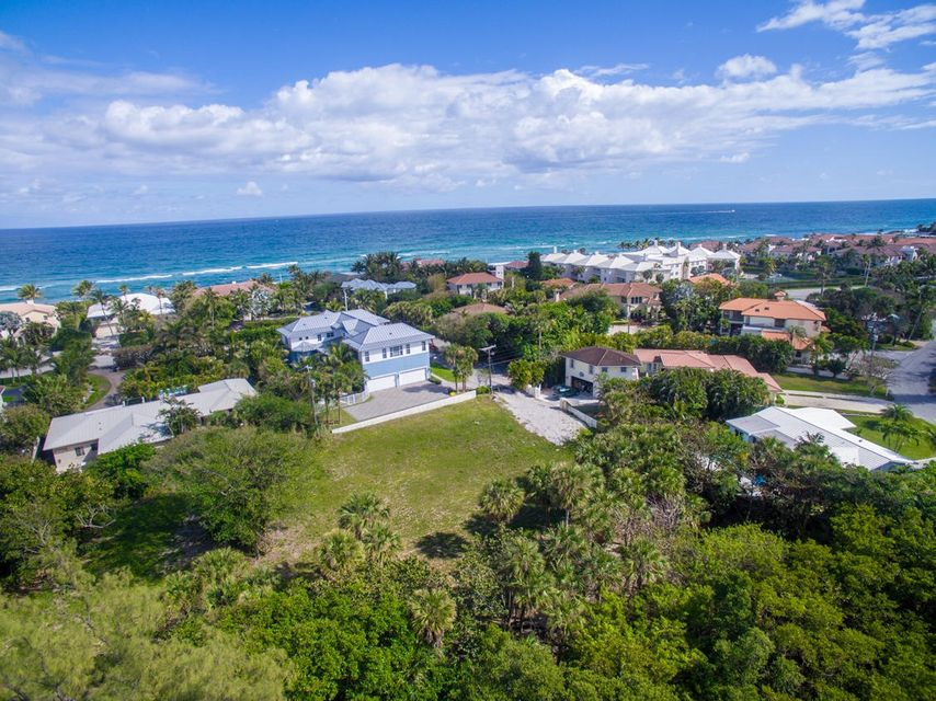 Thompson Street, Ocean Ridge, FL 33435