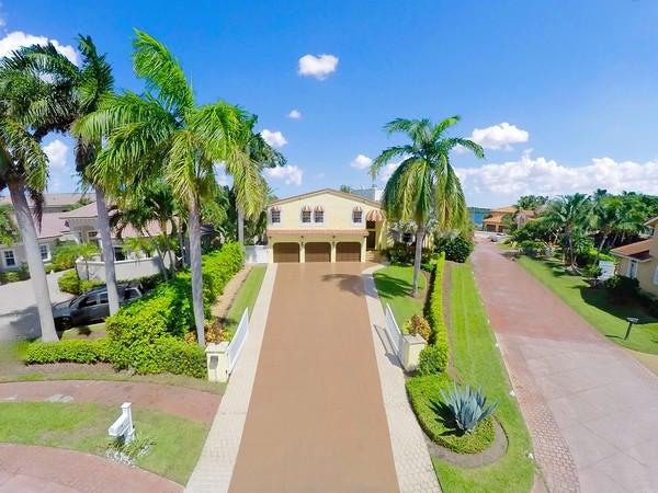 713 Presidential Drive, Boynton Beach, FL 33435