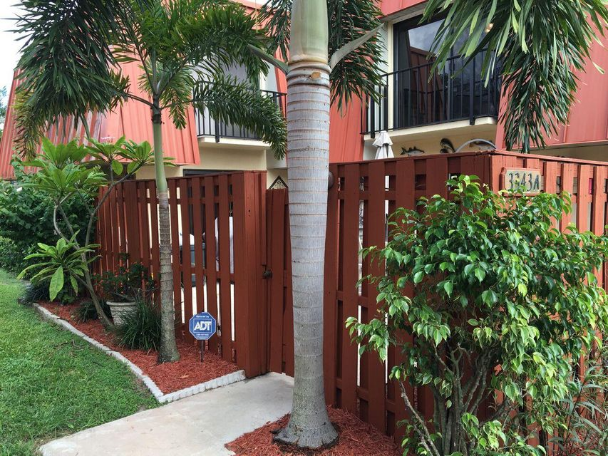 Home for sale in Meridian Park Palm Beach Gardens Florida