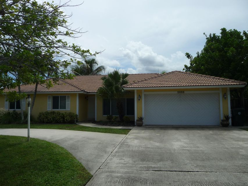 1990 Bonnie Street, Boca Raton, FL 33486