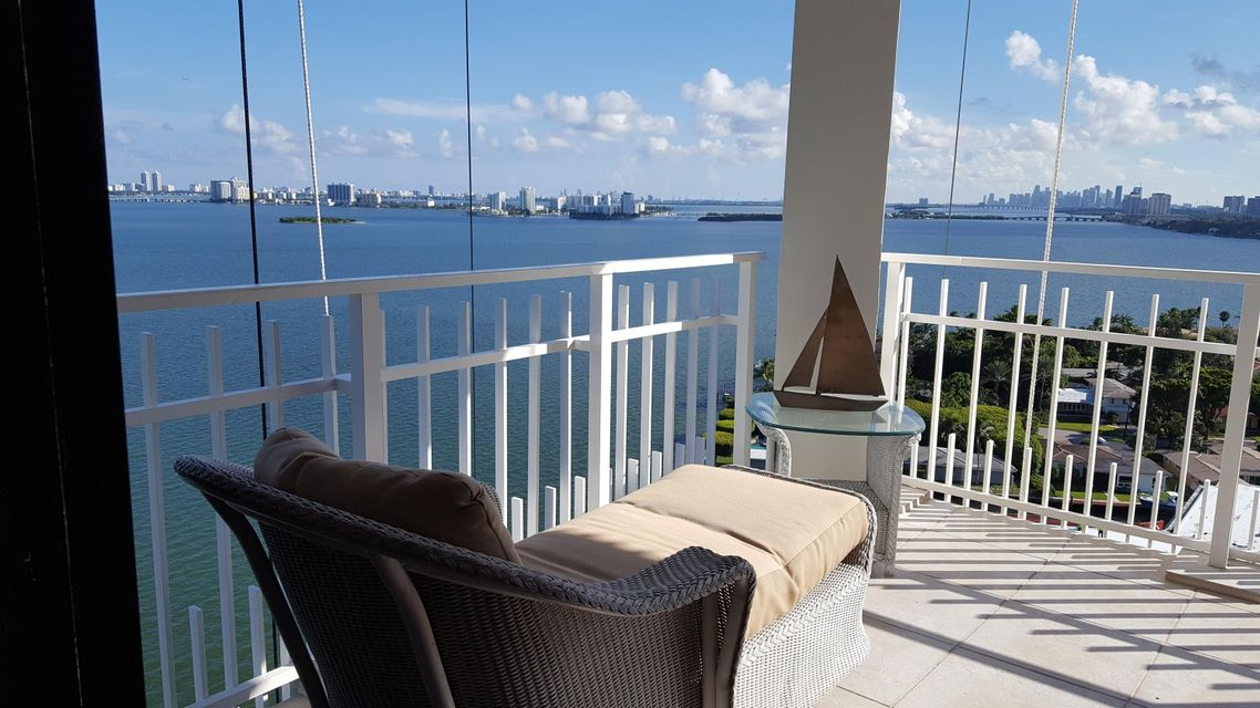 Hus till salu miami beach florida usa for 4000 towerside terrace miami fl 33138