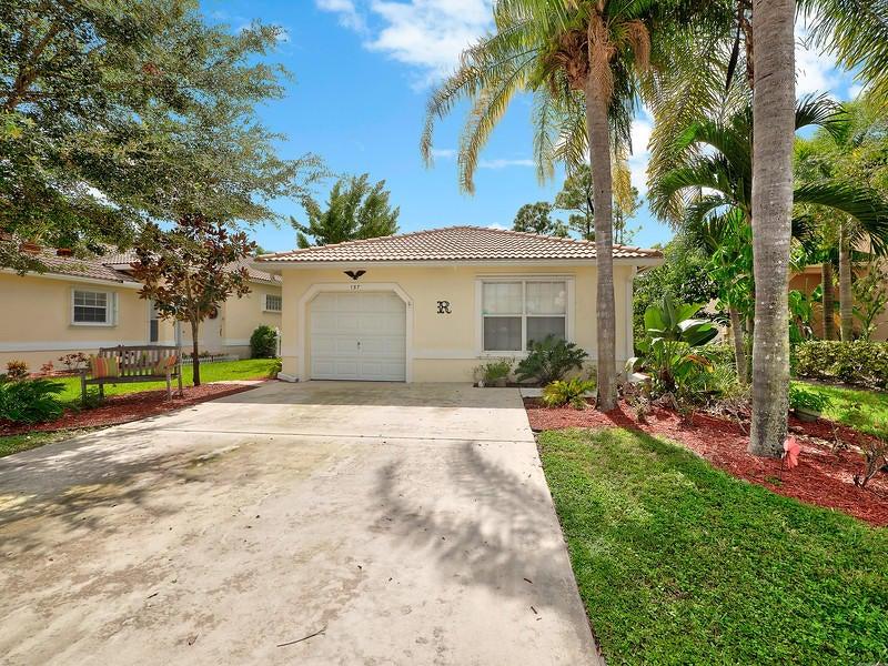 137 Prestige Drive Royal Palm Beach, FL 33411