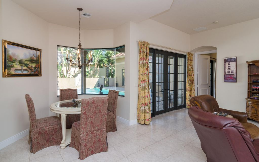 Additional photo for property listing at 10630 Versailles Boulevard 10630 Versailles Boulevard Wellington, Florida 33449 United States