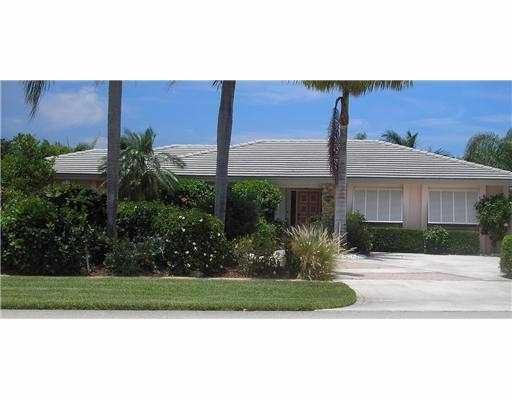 1685 Bowood Road, North Palm Beach, FL 33408