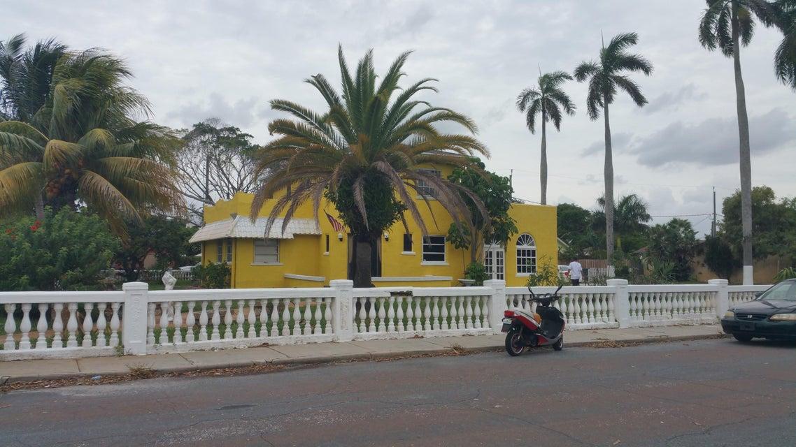 1003 N L Street, Lake Worth, FL 33460