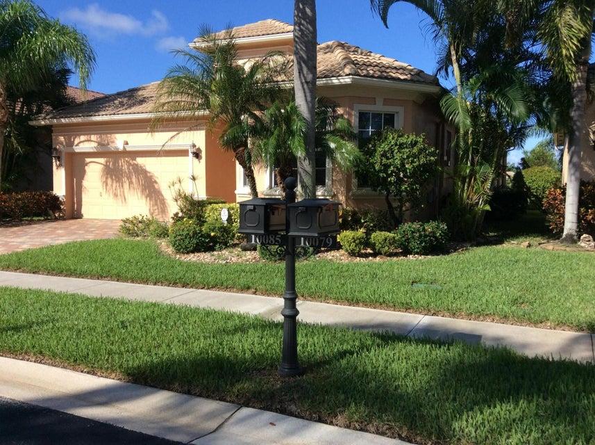 10085 Armani Drive, Boynton Beach, FL 33437