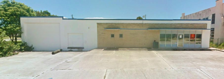 Commercial / Industrial للـ Rent في 602 S 5th Street 602 S 5th Street Fort Pierce, Florida 34950 United States