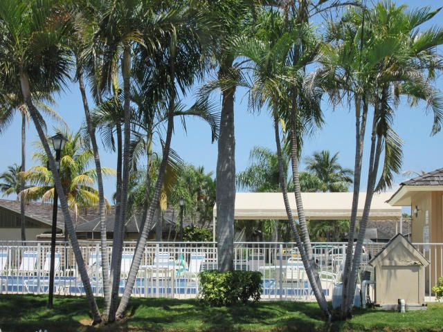 Additional photo for property listing at 1801 S Us Highway 1, 1801 S Us Highway 1, Jupiter, Florida 33477 United States