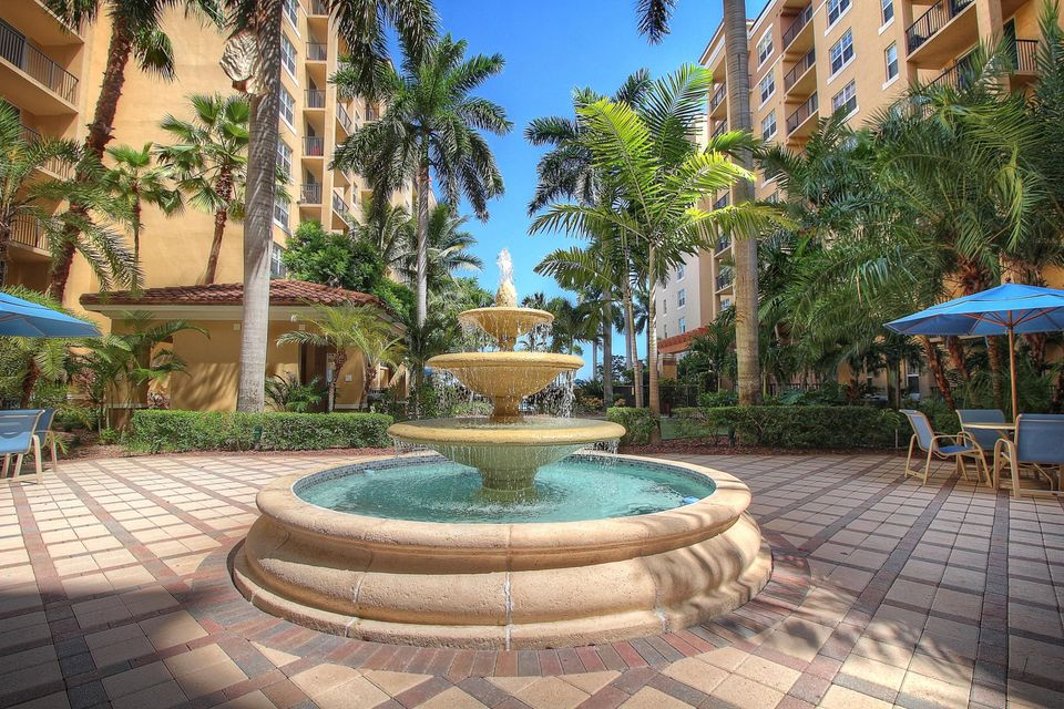 1801 N Flagler Drive 103  West Palm Beach, FL 33407