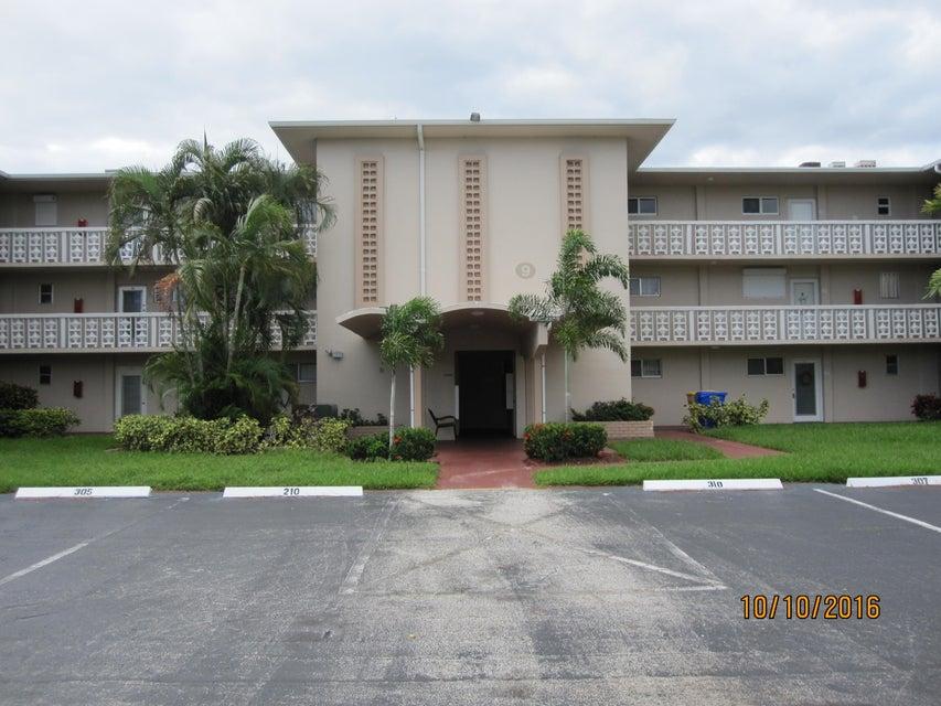 2616 N Garden Drive 112  Lake Worth, FL 33461