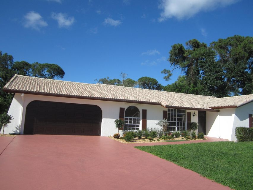26 W Mango Road , Lake Worth FL 33467 is listed for sale as MLS Listing RX-10274050 51 photos