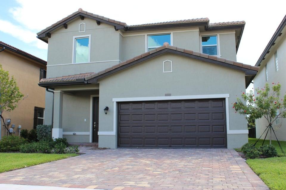 Home for sale in Abbington Lake Worth Florida