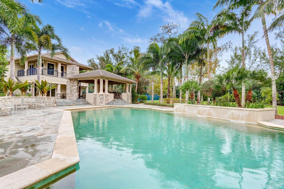8800 Nw 70th Court