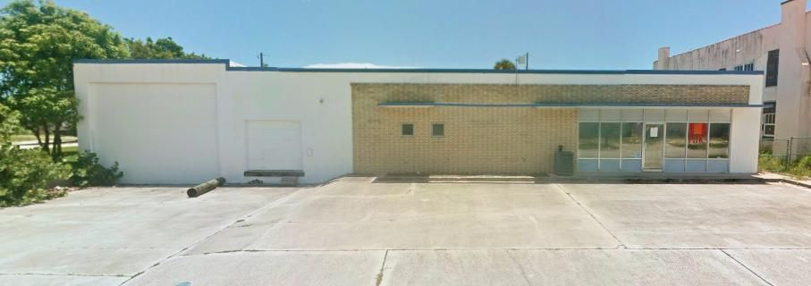 Additional photo for property listing at 602 S 5th Street 602 S 5th Street Fort Pierce, Florida 34950 United States