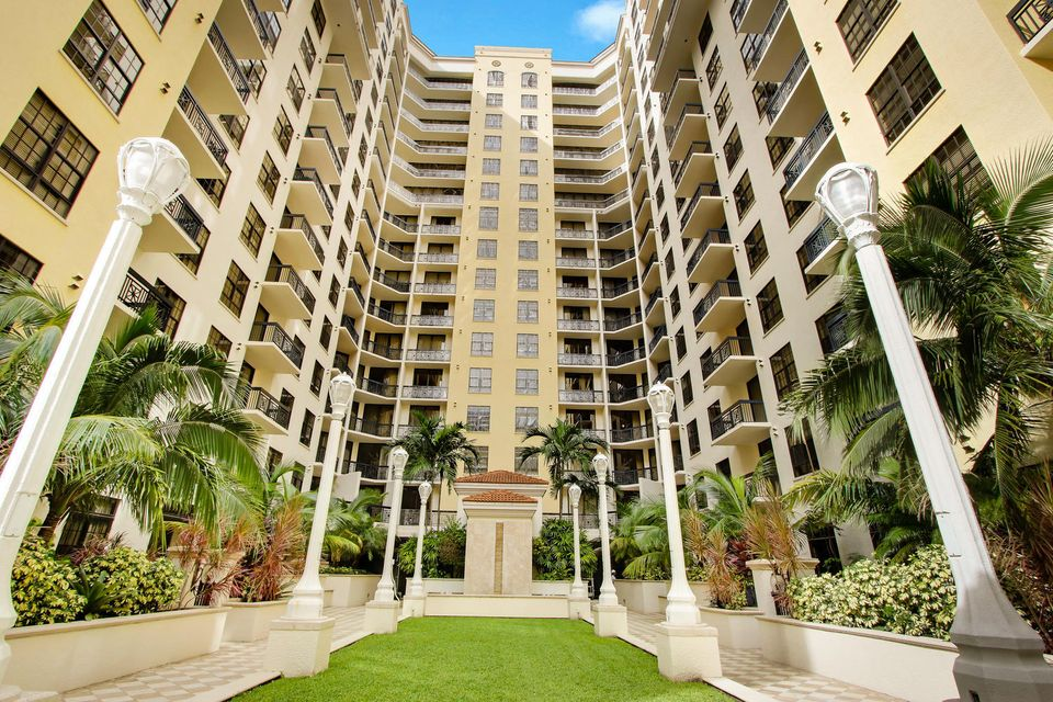 701 S Olive Avenue West Palm Beach Fl 33401 Mls Rx 10275028 639 000 Two City Plaza Condo