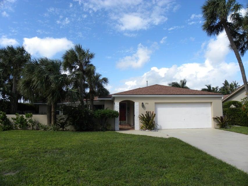 191 Shelter Lane, Jupiter Inlet Colony, FL 33469