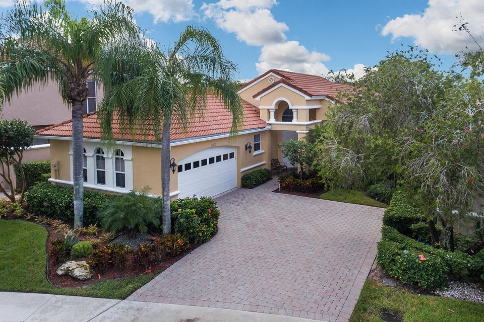 10812 Fairmont Village Drive, Wellington, FL 33449
