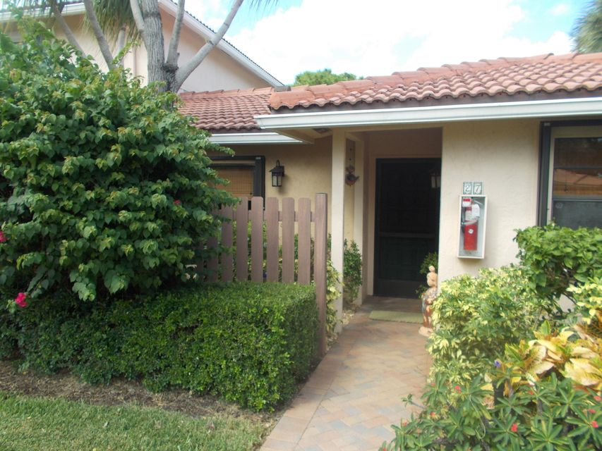 27 Southport Lane D, Boynton Beach, FL 33436