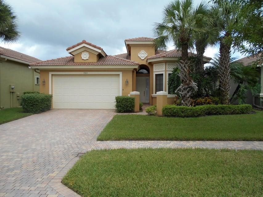 9583 Isles Cay Drive, Delray Beach, FL 33446