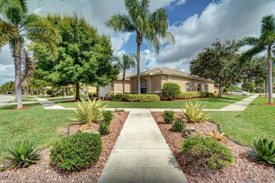 8256 Grand Messina Circle, Boynton Beach, FL 33472